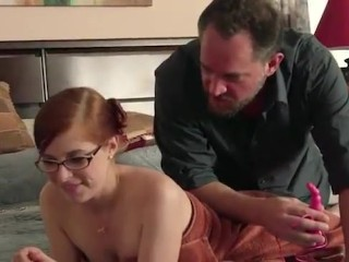 Mom checks daughter boyfriend handjob