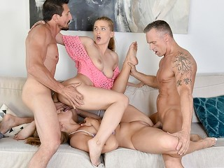 Milfs blowjob huge cocks movies