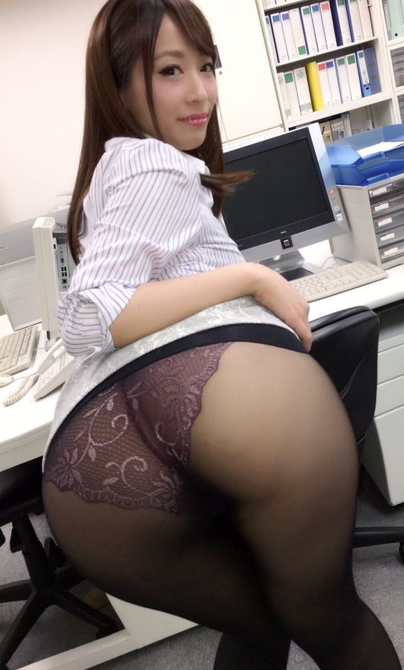 Petite pussy getting fucked
