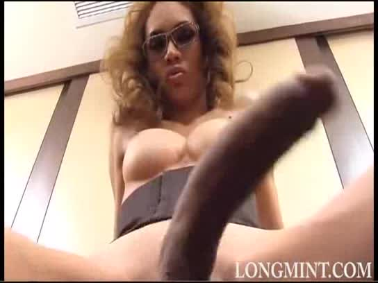 Small breast mature pussy