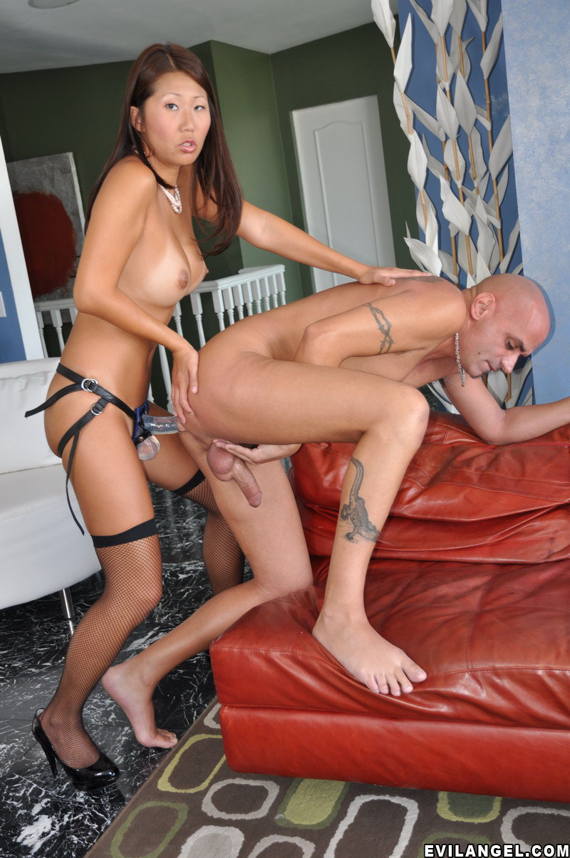Lesbians grinding to climax