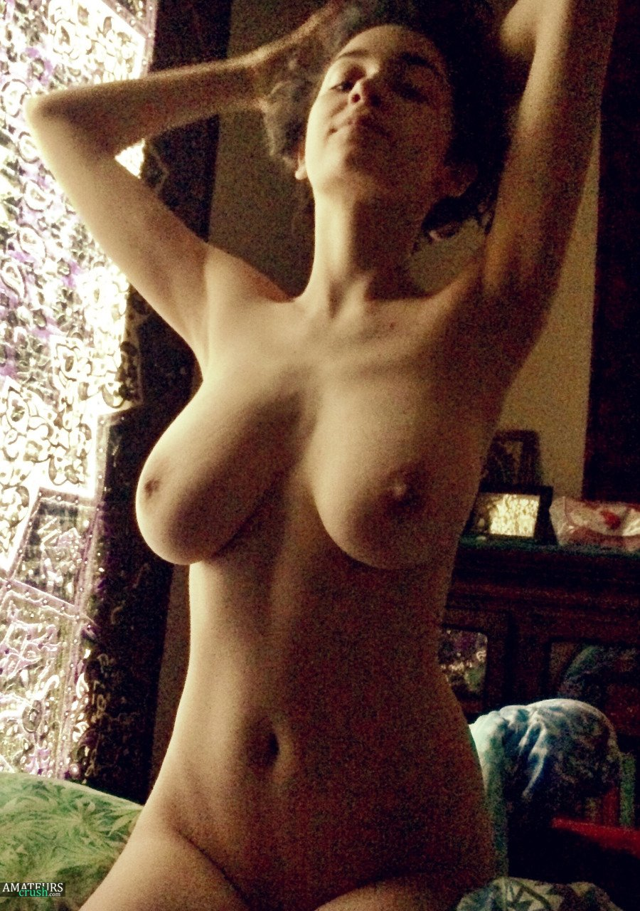 Jennifer love hewitt nude fake photo